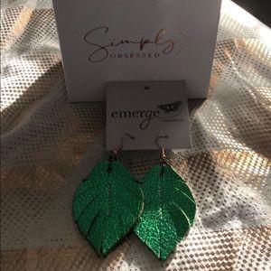 Emerald green EMERGE Earings